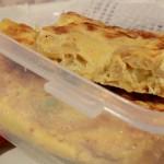 Ensalada de arroz y tortilla de calabacin para llevar
