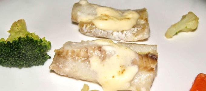 Pescado gratinado con mayonesa