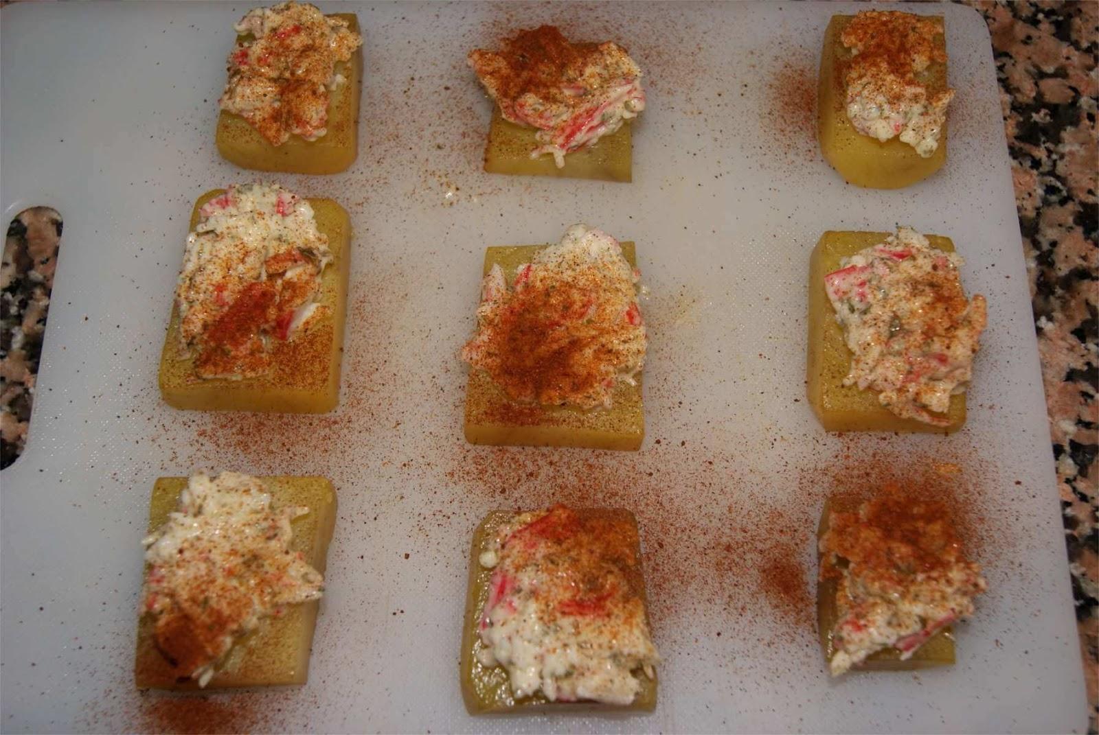 Receta de canap s de cangrejo sobre patata el chef de la for Canape de cangrejo