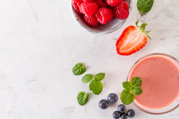 smoothie frutos rojos detox
