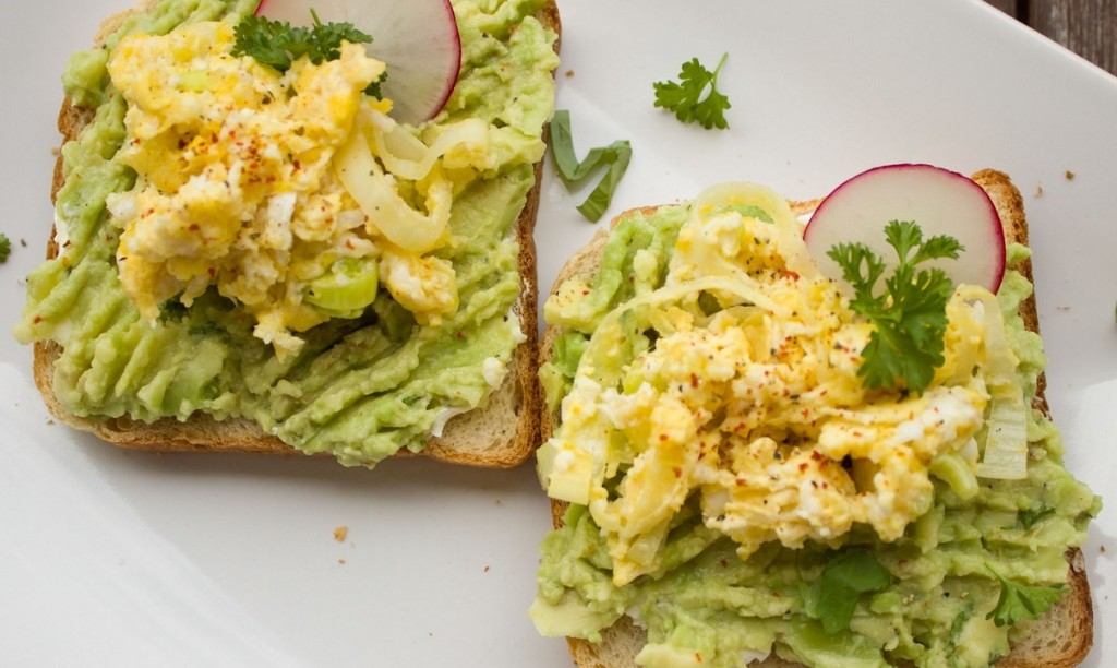 tostadas-agucate-desayuno
