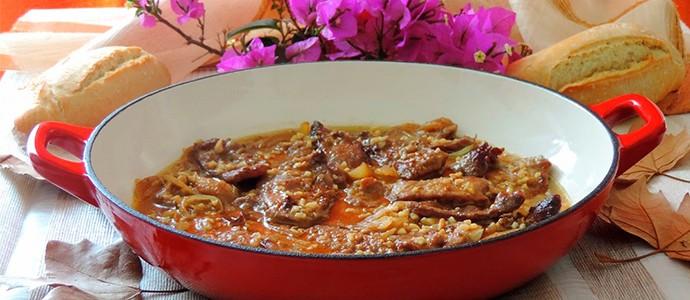 ternera en salsa de almendras