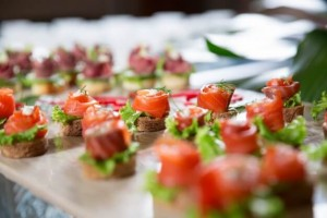 mini-canapes-con-salmon-ahumado