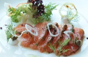 salmon-al-eneldo