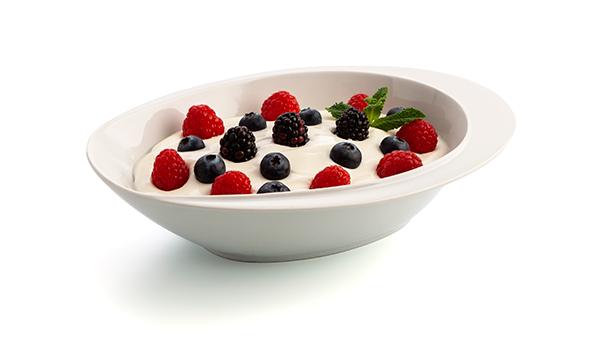 yogur con frutas del bosque